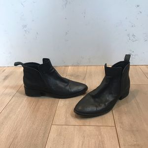 Dolce Vita Slouchy Booties